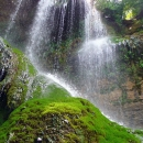 Крушунските водопади и Деветашката пещера (местността Маарата)
