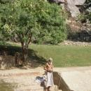Пътепис: Говардхана – свещената планина, повдигната от Кришна