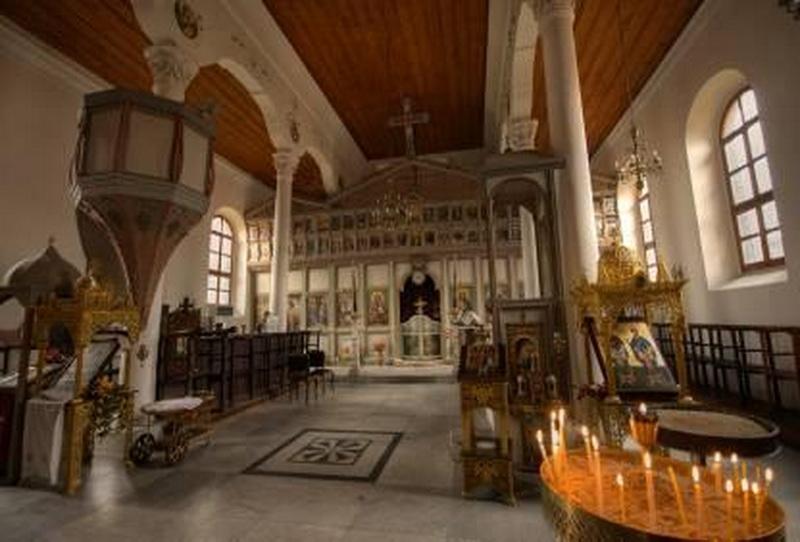 """Българската църква """"Св. св. Константин и Елена""""."""