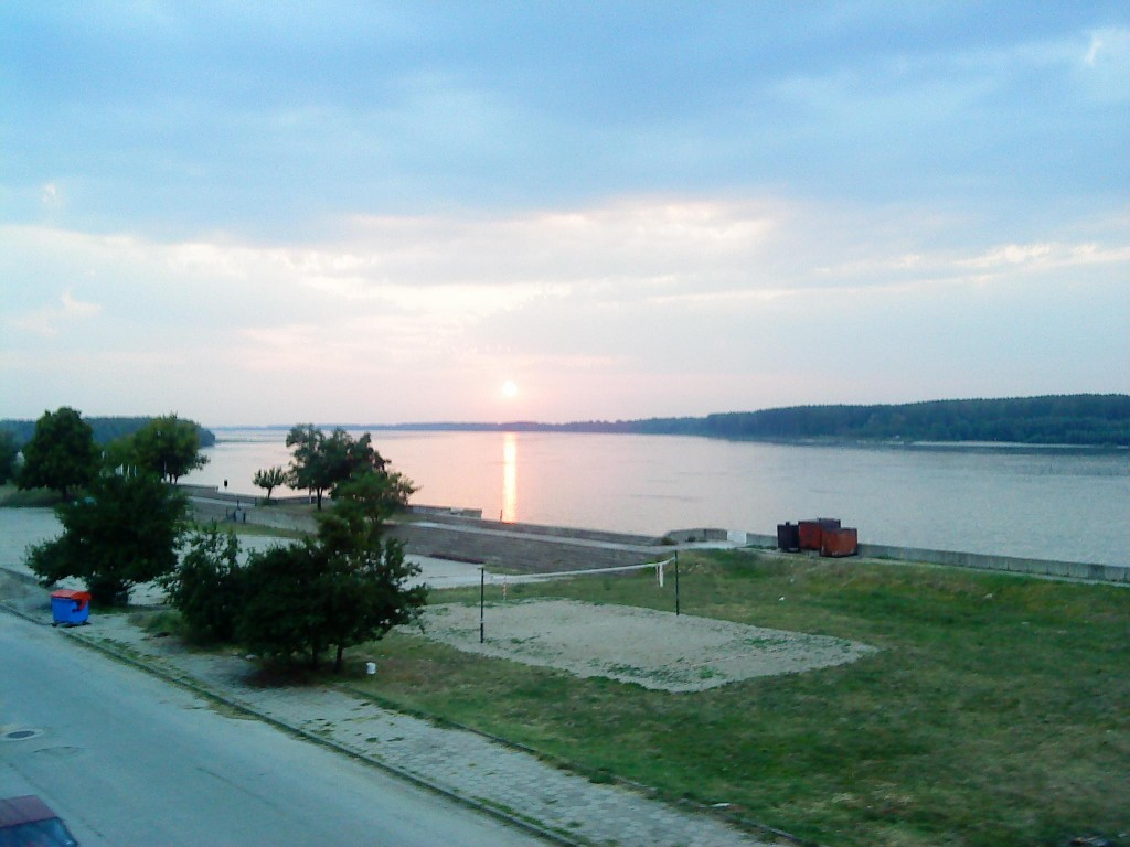 Залез над р. Дунав