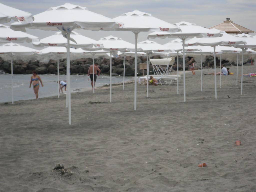 Черният пясък в Поморие