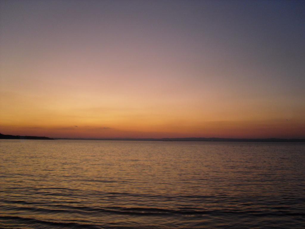 Залез в Черноморец