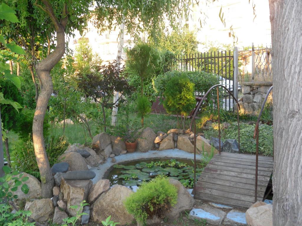 Райската градина-с. Черноморец