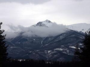 Гледка към планината от Априлци