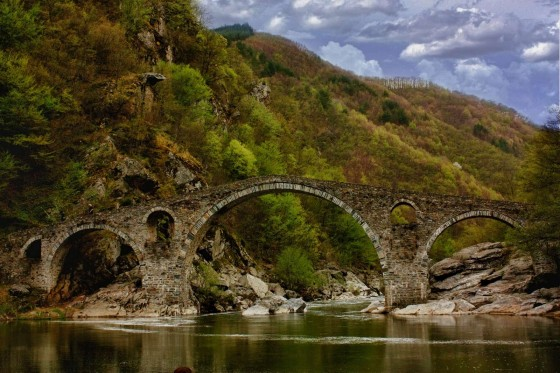 dyavolski most-1600