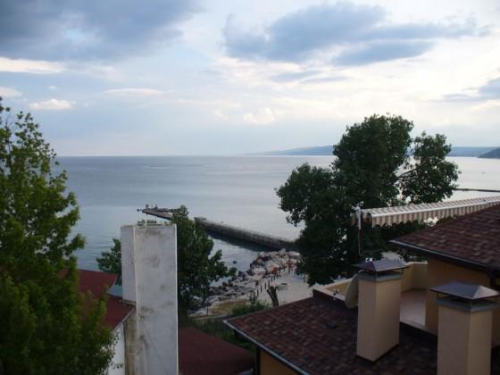 Изглед от терасата на хотела ни