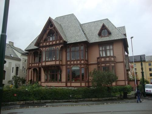 Къща от приказките