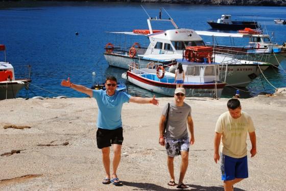 Porto Vromi, от тук си договорихме корабче