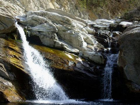 Гледка от Къпиновския водопад