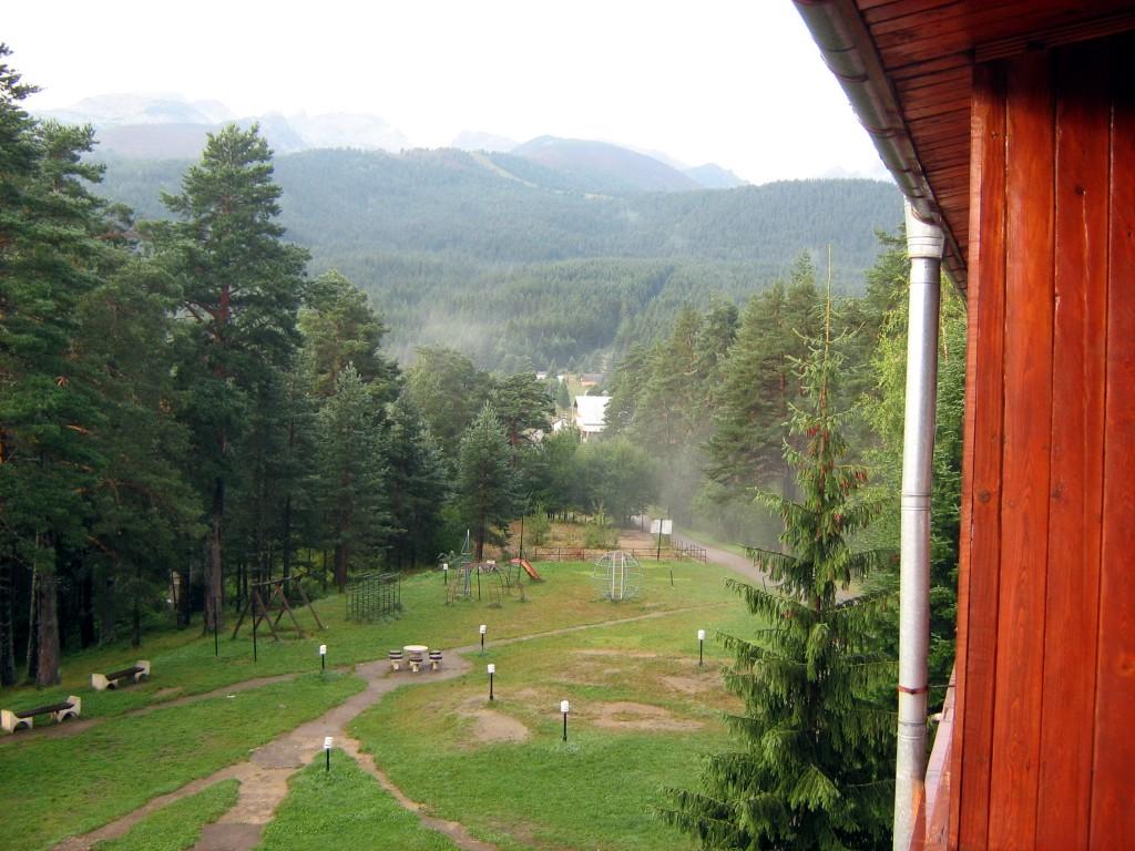 Гледка от хотел Дивите петли
