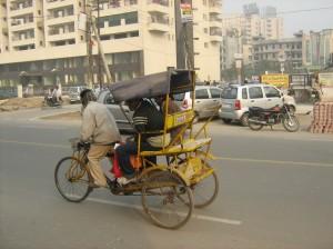 Вело Рикша из улиците на Делхи