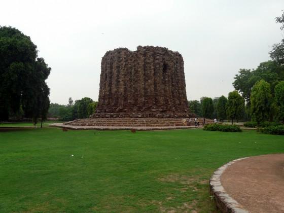 Незавършеното минаре - Alai Minar